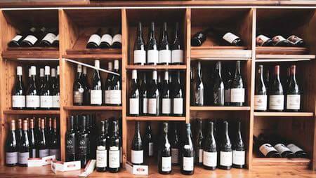 Bouteilles de vin de la boucherie Thierry
